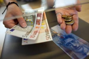 Menos da TSU para empresas que paguem salário mínimo entra hoje em vigor