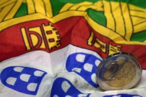 Portugal volta a emitir dívida de longo prazo