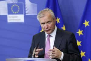 PSD e CDS querem ouvir Olli Rehn no Parlamento