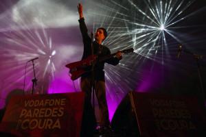 Black Lips fazem pular multidão na terceira noite do Paredes de Coura