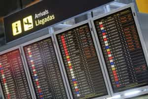 Voos nos aeroportos portugueses foram normalizados esta tarde