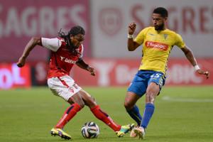 Sporting de Braga vence Estoril-Praia e sobe ao segundo lugar