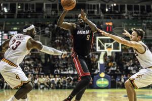 Cavaliers derrotados no regresso de LeBron James a Cleveland