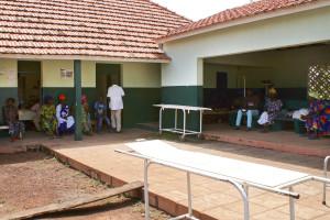 Guiné-Bissau preocupada com passagens que fintam vigilância médica