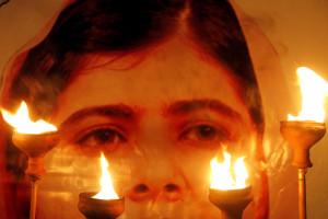 Malala Yousafzaï laureada com a medalha da liberdade