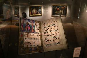 Exposição com tesouros dos palácios reais abre ao público