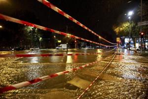 Mau tempo causa pelo menos um morto e três desaparecidos
