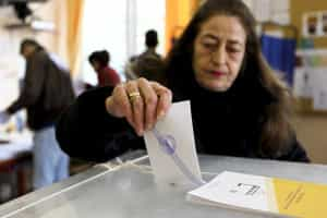 Sondagens indicam que Syriza está próximo da maioria absoluta