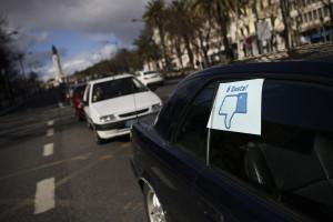 Centenas protestam contra proibição de circulação em Lisboa