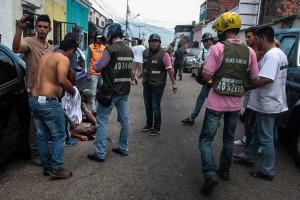 Pelo menos 19 feridos durante manifestações em universidade