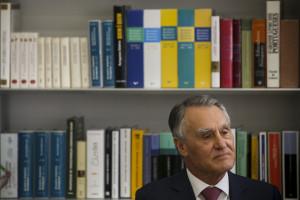 Cavaco Silva dedica jornada ao têxtil e ao vestuário