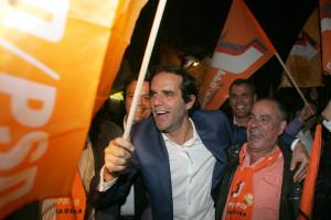 PSD renova maioria absoluta mas com pior resultado de sempre