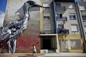 Visitas guiadas de arte urbana atraem sobretudo estrangeiros