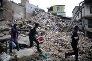 Cerca de dois mil mortos no Nepal