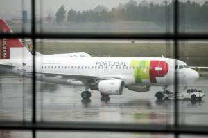 TAP prevê realizar 70% dos cerca de 300 voos programados