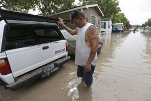 Pelo menos três mortos em inundações no Texas e Oklahoma