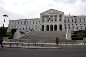 PCP confronta Governo sobre empobrecimento