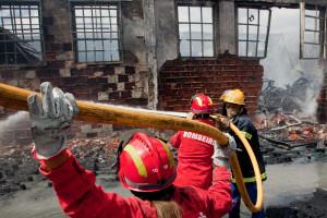 Idoso morre em incêndio em apartamento