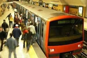 Restabelecida circulação na linha vermelha do Metro
