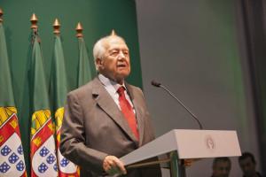 Mário Soares confirma que vai estar presente
