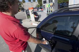 Fatura de combustíveis recua para valores de 2009