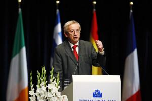 Juncker não comenta acusações entre Portugal, Espanha e Grécia