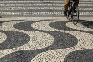 É preciso rever circulação de ciclistas nas estradas