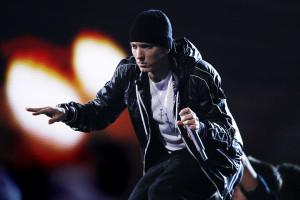 Eminem fala em violar Iggy Azalea em nova canção