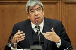 Costa tomou sozinho decisão de renunciar à Câmara