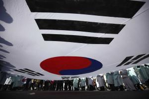 Ordenada dissolução de partido sul-coreano por ligações ao Norte