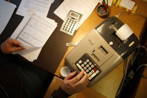 Governo analisa proposta para reduzir sobretaxa de IRS