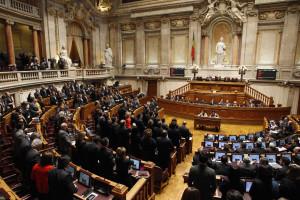 Apoiantes de Costa contestam redução do número de deputados
