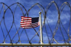 EUA libertam mais quatro detidos em Guantanamo