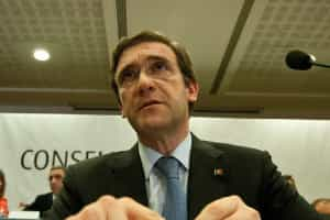 Postura exigente para Grécia não é tentativa derrubar Governos