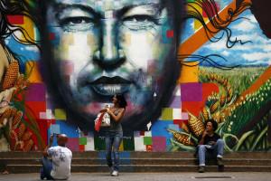Venezuelanos criam versão chavista do Pai Nosso católico