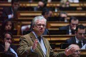 Marco António Costa não marca ritmo de trabalhos no Parlamento