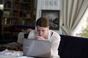 Se usa redes sociais, tenha atenção aos amigos virtuais