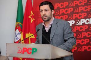 PCP leva saída de Portugal do euro a Bruxelas