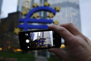 Albuquerque diz que saída da zona euro é uma possibilidade