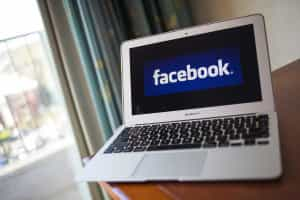 Facebook realiza hoje primeira ligação ao espaço