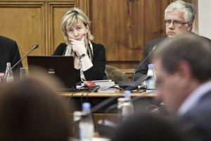 Orçamento para 2015 entregue por menos de metade dos serviços