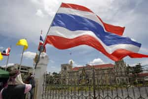 Tailândia liberta estudantes detidos por criticarem junta militar