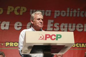 PCP marca debate de urgência sobre transportes