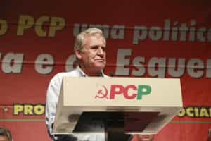 Jerónimo de Sousa aplaude funcionários públicos