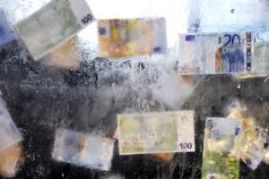 Estado termina 2013 com dívidas a quase sete mil empresas