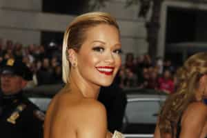 Rita Ora termina o namoro com Ricky Hil