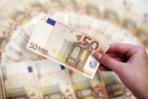 Dívida pública volta a subir em julho, após dois meses de queda