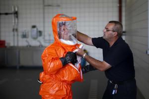 Ébola não será contida antes de 2015