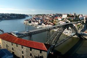 Turistas angolanos são os que mais gastam no Porto e Norte