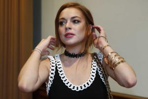 Lindsay Lohan continua a preferir mulheres